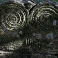 Gravestone markings
